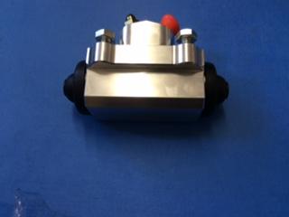Ford Cargo Rear Brake Slave Wheel Cylinder (drum brakes) fits 0811/0813 etc copy of