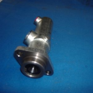 DAF Brake Master Cylinder (to fit all 45 Series) 2 bolt