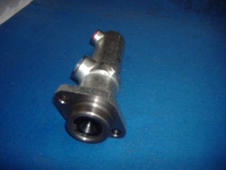 DAF Brake Master Cylinder (to fit all 45 Series) 2 bolt