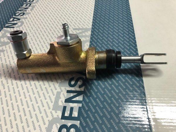 ACU7827 Leyland roadrunner/early Daf clutch master cylinder NEW Copy of orginal NO EXCHANGE